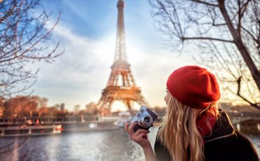tourist enjoying Paris